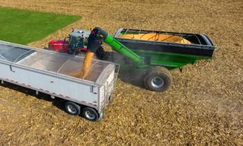 Unverferth Grain Handling Equipment For Transporting Feed